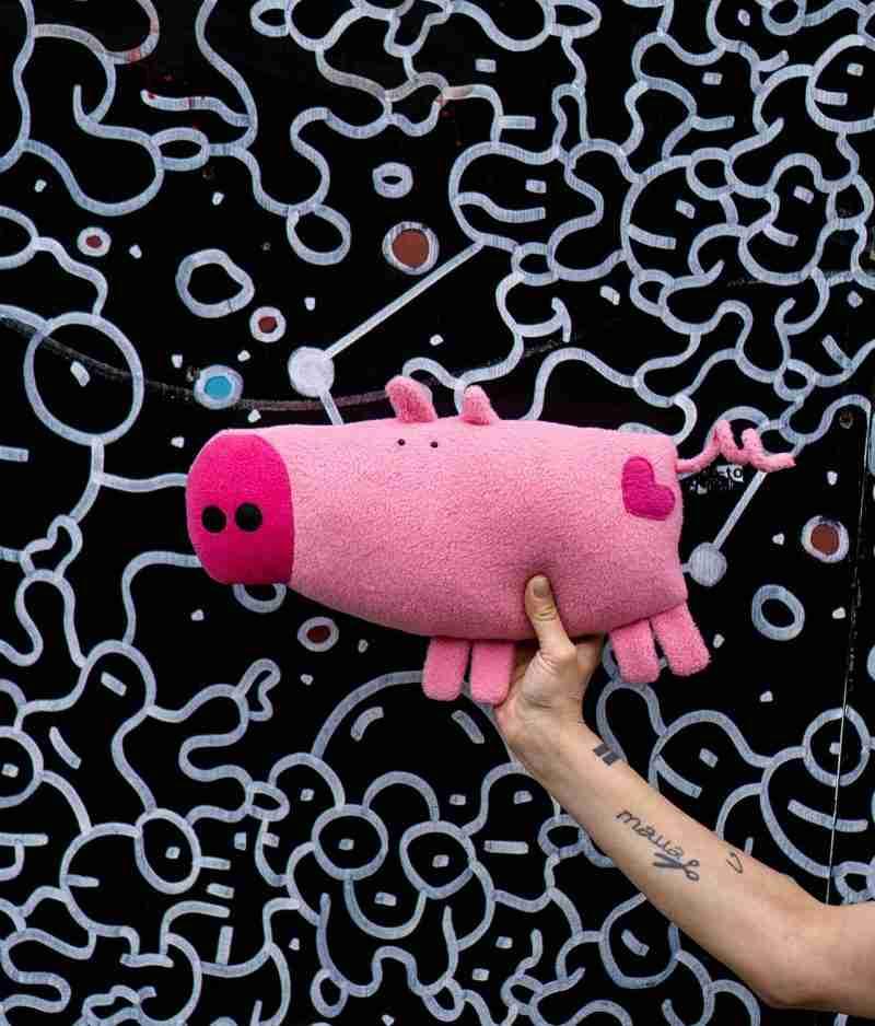 Vinnie Big Porky with street art